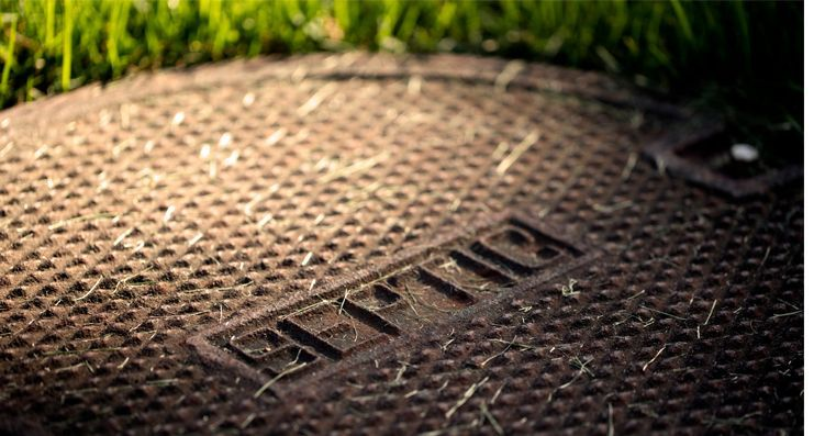 A septic tank cover