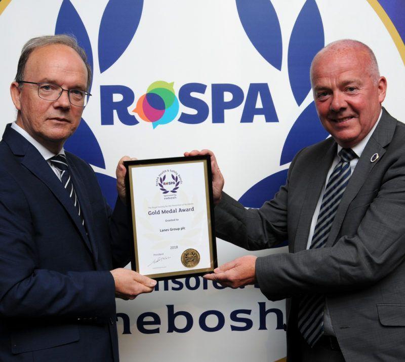 rospa-trustee-don-lloyd-and-paul-mcparland-lanes-group-medal-pres-2018-web